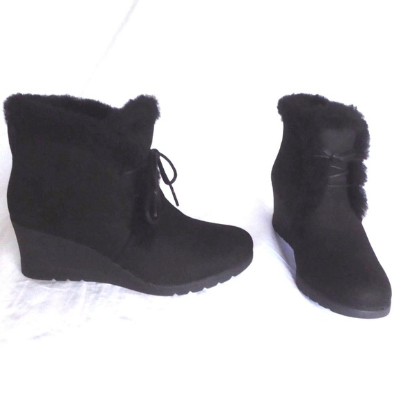 6defe2b9c9d5 NIB Jeovana Lace-up Suede Sheepskin Ankle Boots